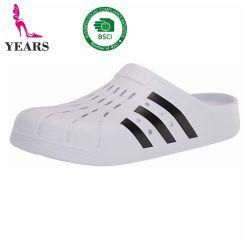 أزياء EVA Sandals أحذية بسيطة متينة من Holey EVA Garden للرجال النساء والفتيات