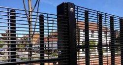 PVC Coated 358 Security Fence Prison Mesh Security Mesh لمدة سياج المطار
