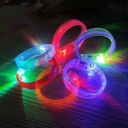 Светодиодный индикатор запальной свечи браслеты браслеты мигает рычага диапазонов мигает спортивный браслет на запястье