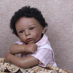 나이 3+를 위해 놓이는 새로운 현실적 다시 태어난 아기 인형 실리콘 가득 차있는 바디 소년 아프리카 미국 50 Cm 해부학적으로 정확한 빨 수 있는 장난감 인형 Handmade 선물