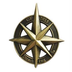 Distintivo infiammante dei vestiti su ordinazione dello smalto con il Pin veloce di produzione di onore