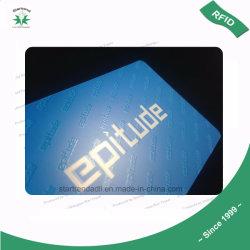 بطاقة بلاستيكية مسبقة الدفع مصنوعة من البلاستيك مزودة بمادة، وشريحة، ومضخم ساخن، ومضخم ليزر، ومادة طلاء بالأشعة فوق البنفسجية، طباعة الشاشة
