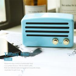سماعة استريو صغيرة محمولة بنمط منزلي ببطاقة سماعة Bluetooth® قديمة T5 May9