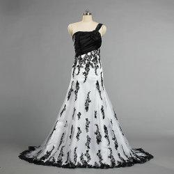 W341形式的な1つの肩のレースの花嫁のための白黒ウェディングドレス