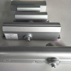 De matrijs Gegoten Regelbare Automatische LuchtDeur van het Aluminium - dichter