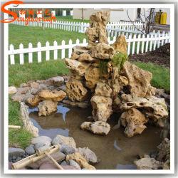特有なデザイン庭の装飾の人工的な滝の石