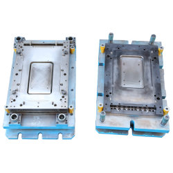 Précision personnalisé emboutissage de métal Die/estampage outillage/ Estampillage pour l'eau de chauffage du moule