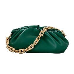 女性の本物の革ハンドバッグの軽量の女性ポーチの Trendcolor の方法設計 チャームクラッチバッグ