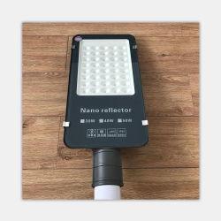 Gros en Chine prix d'usine personnalisé lampe LED professionnel bon marché de la route
