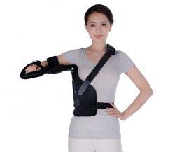 La parentesi graffa ortopedica del braccio del grado medico con l'abduzione della spalla dovrebbe supportare