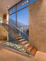La conception de l'escalier moderne/voies de l'escalier en bois massif