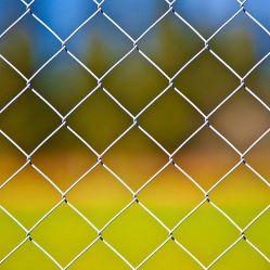 チェーンリンクフェンス中国品質の製造業者は安価な価格の庭を亜鉛メッキした 鉄のフェンス