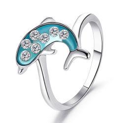 女性の絶妙な水晶ジルコンのリングのアクセサリの優雅な女性党宝石類のギフトのための夏のかわいく青いイルカの動物のリング