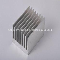 CNC die Aluminium Heatsink en Flens en Radiator GLB en de Huisvesting van de Schakelaar van de Vlotter voor AutoDelen machinaal bewerken