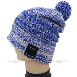 주문 Bluetooth 음악에 의하여 뜨개질을 하는 겨울 온난한 베레모