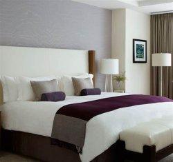 Moderno mobiliário de quarto de hotel com painéis personalizados cama macia para venda