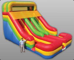 中国の膨脹可能なおもちゃによってカスタマイズされるサイズの安いスライド膨脹可能な水スライドからの専門の製造者