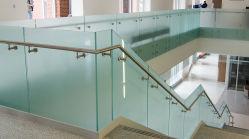 Хорошее соотношение цена балкон безрамные поручень из закаленного стекла/Balustrade/поручень/Guardrail с матовым стеклом