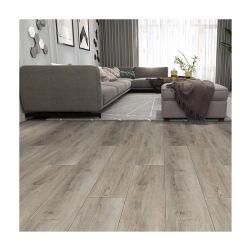 La conception de revêtements de sol en bois imperméables en plastique de type revêtement de sol en vinyle PVC Lvt Spc carreaux pour sol en utilisant