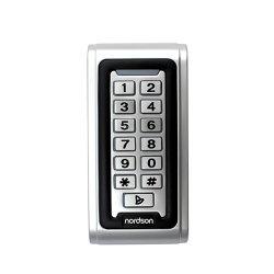 نظام التحكم في الوصول إلى الباب بلوحة المفاتيح المعدنية المقاومة للمياه 125 كيلوهرتز 13.56 ميجاهرتز RFID التحكم في الوصول إلى الباب المستقل لقارئ البطاقات