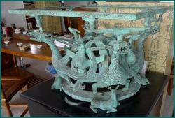 청동색 고대 용 및 피닉스 정연한 플래트홈