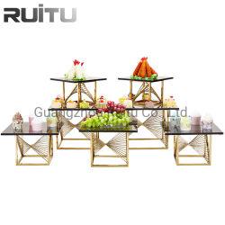 Parte de decoración para banquetes Restaurante Buffet de comida de oro de latón y soportes verticales de Catering tortas de la plaza de oro Mostrar Buffet Stand