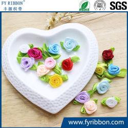 Fiore fatto a mano poco costoso all'ingrosso della Rosa del nastro del raso dell'oro