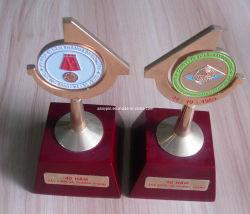 La conception personnalisée de l'or Trophée Souvenir (trophée ASNY-JL--13111801)