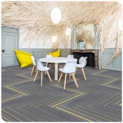 50*50 cm moderne commerciële Carpet machine Tufted Carpet Tile kleurrijk Lijn modulair tapijt voor kamer
