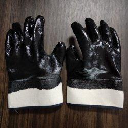 Forrado de tejido de algodón suelto en la boca completamente negro Cruce de protección de nitrilo Guantes de trabajo/guantes de seguridad