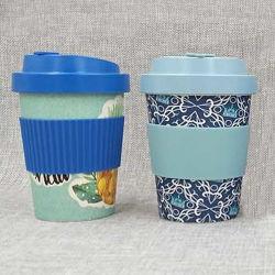 Tazza di caffè di bambù della fibra con il coperchio ed il manicotto di bambù della fibra