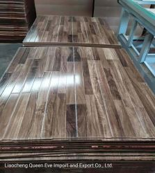 光沢のある3回の旅行の寄木細工の床のボードの高いGloosyの木製の床によって設計される積層のフロアーリング