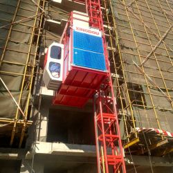 安全装置の建物の起重機の構築の上昇が付いているカスタマイズされた上昇