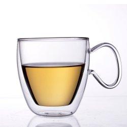 Bb59984ハンドメイドの高いホウケイ酸塩ガラスのティーカップの倍の壁水コップ