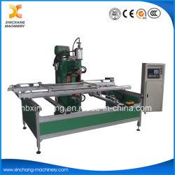 Macchina automatica della saldatura a punti di CNC