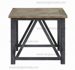 Pays nordique Antique style naturel de pin de stockage de l'Orme recyclée avec fer gris métal Table à café d'Angle fixe