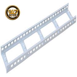 Acero tipo perforada DIP caliente /Pre-Galvanized Trunking escalera de metal de la bandeja de cable