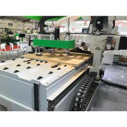 自動挿入システム3D木工業CNCのルーターのネスティング