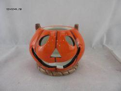 微笑に表面形の陶磁器にカボチャ切り分けること