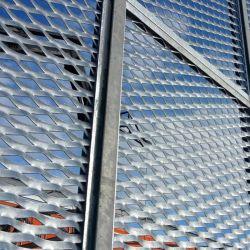 O padrão de losango a folha de metal expandido