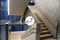 صينية مخصصة منصة سلم منصة منصة من الفولاذ المقاوم للصدأ الزجاج بالدرابزين تركيبات صعود السلالم الحديدية مع CE
