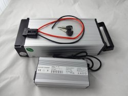 48V 20.8ah 13s8p Un38.3の500~1500Wモーターのための後部ラックリチウムイオン電池18650のセル電気自転車力バンクの記憶力の充電電池
