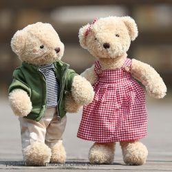 De in het groot Teddybeer van het Stuk speelgoed van de Pluche Nieuwe met de Valentijnskaart van Kleren draagt