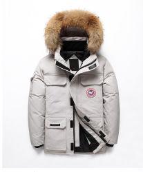 Les hommes personnalisé Outdoor coupe-vent de randonnée et voyage Windproof/chaud étanche noir/gris Goose Duck Down Jacket