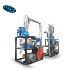 Utiliser une meuleuse de tuyaux en plastique pulvérisateur pulvériser de l'équipement