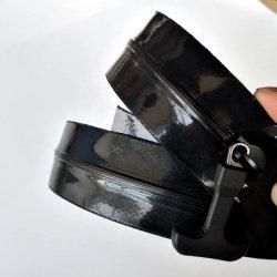 8#防水袋の屋外のバックパックのためのTPU PVCに溶接するHfのための気密のジッパーの水密のジッパーの光沢のある表面
