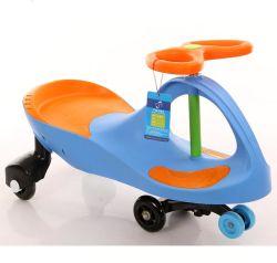 De Auto van de Schommeling van de Draai van de Auto's van het Stuk speelgoed van de Jonge geitjes van de peuter