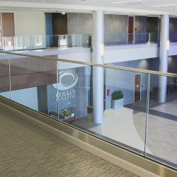 Haut de la qualité de l'aluminium canal U Base Frameless Balustrade de verre / Balustrade en acier inoxydable