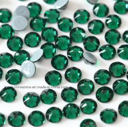 2088の熱い苦境のラインストーンのエメラルドのクリスタルグラスは玉を付ける衣裳の衣服(HFエメラルドの/5Aの等級)のためのコピーのPreciosaの石に