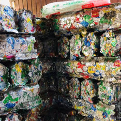 Chatarra de aluminio de Ubc utiliza latas Berverage Proveedor de China